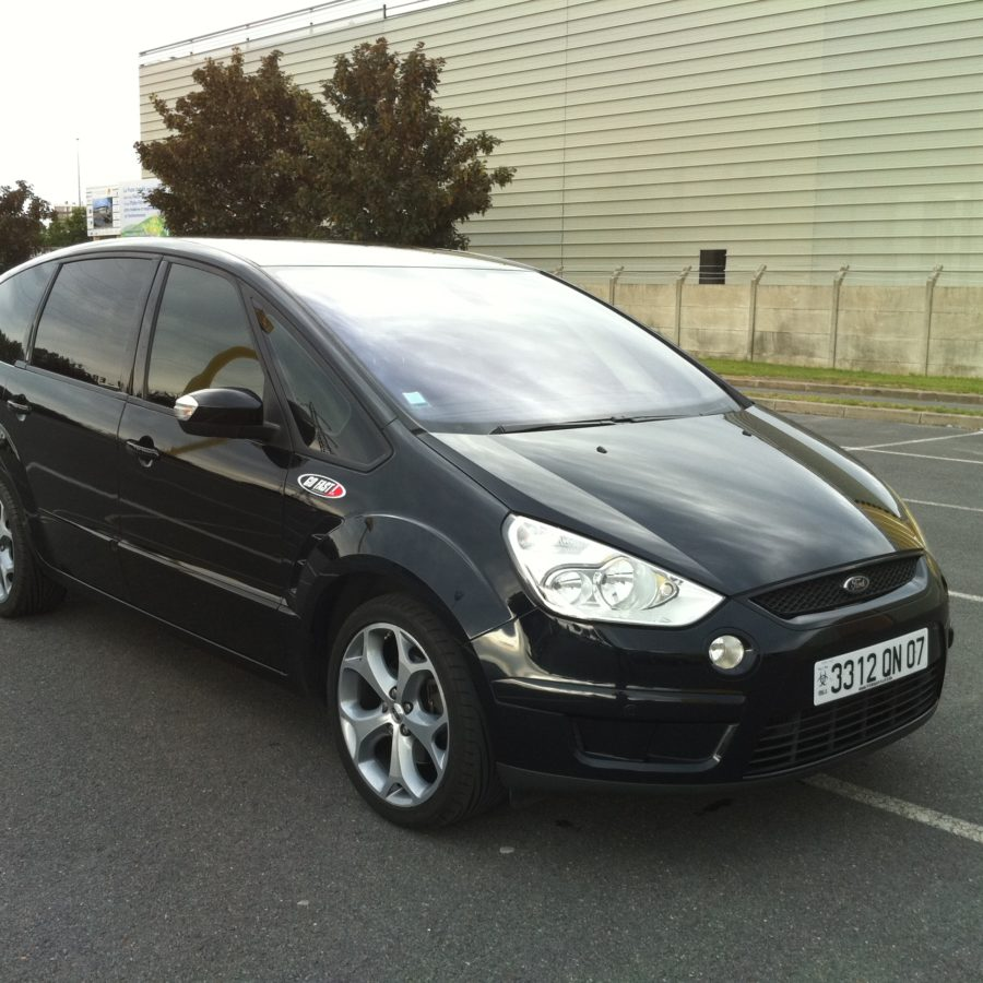 Monospace 7 places (Ford S-Max)